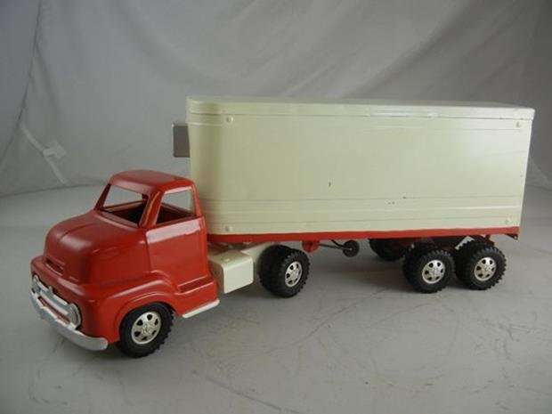 "Vintage Dunwell Toys Truck and Trailer 22-1/2"" Long"