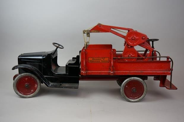 Antique Buddy L Wrecking Truck