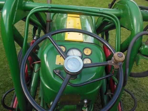 Oliver Super 55 Farm Tractor, Loader, Restored, 3pt - 10