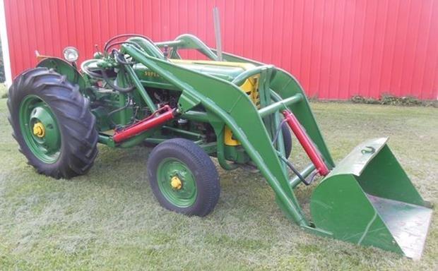 Oliver Super 55 Farm Tractor, Loader, Restored, 3pt - 4