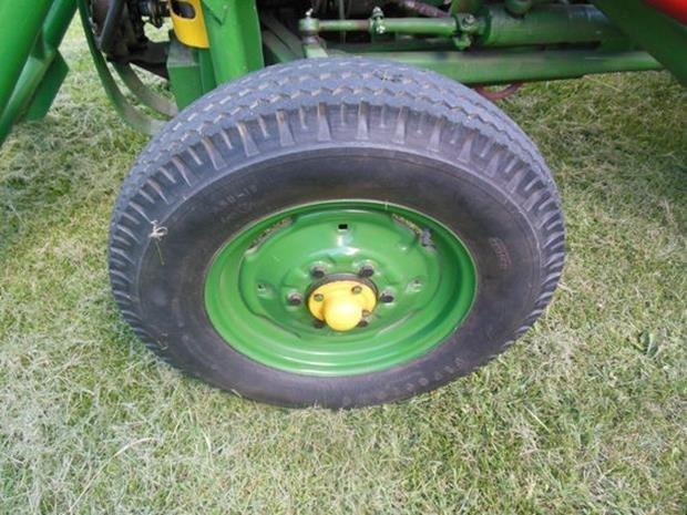 Oliver Super 55 Farm Tractor, Loader, Restored, 3pt - 8