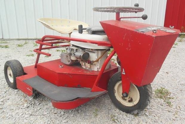 Ride King Lawn Mower, Runs!, Original Zero Turn Mower