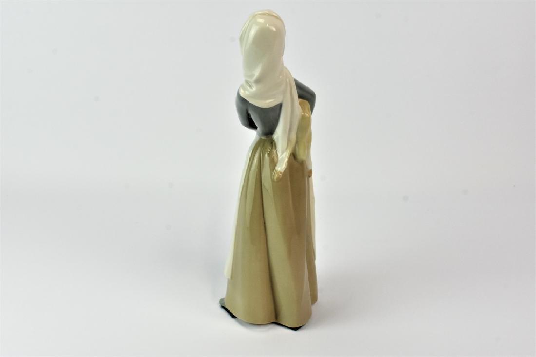 Lladro Figurine Girl With Sheep Lamb - 4