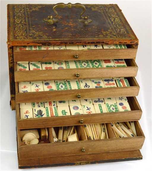 a fine antique mahjong set