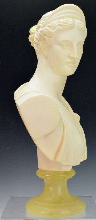 Bust of Diana of Italian Alabaster by A. Giannelli - 4