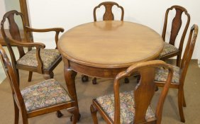 Chippendale Mahogany Ball And Claw Dining Room Set