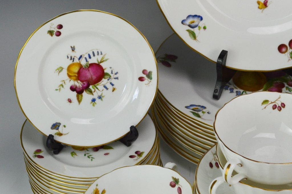 Royal Worcester Delecta China Service for 12 - 3