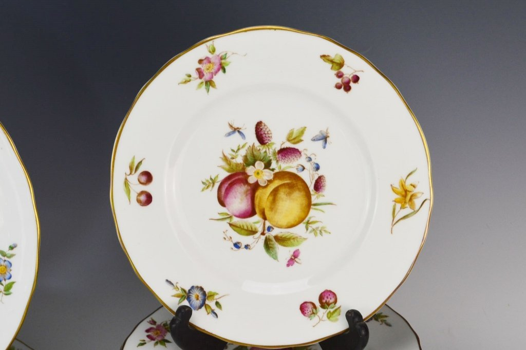 Royal Worcester Delecta China Service for 12 - 4