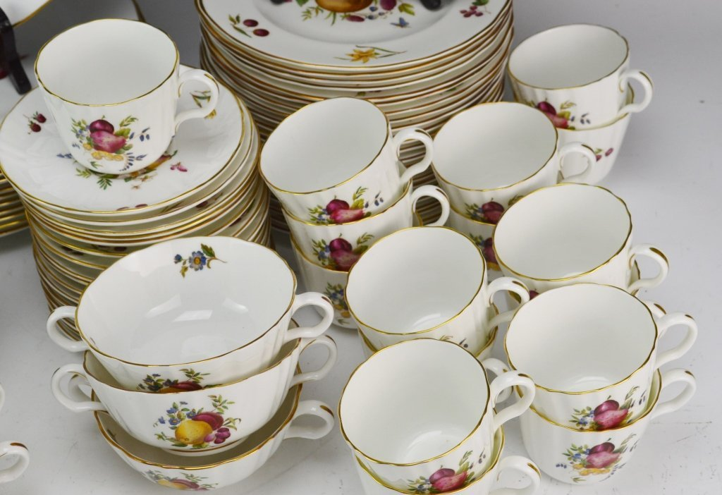 Royal Worcester Delecta China Service for 12 - 5