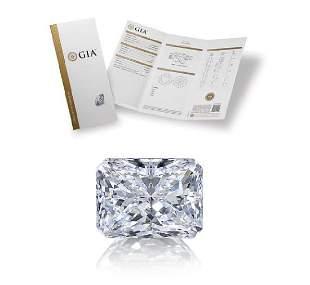 301 ct Color HVS1 Radiant cut Diamond