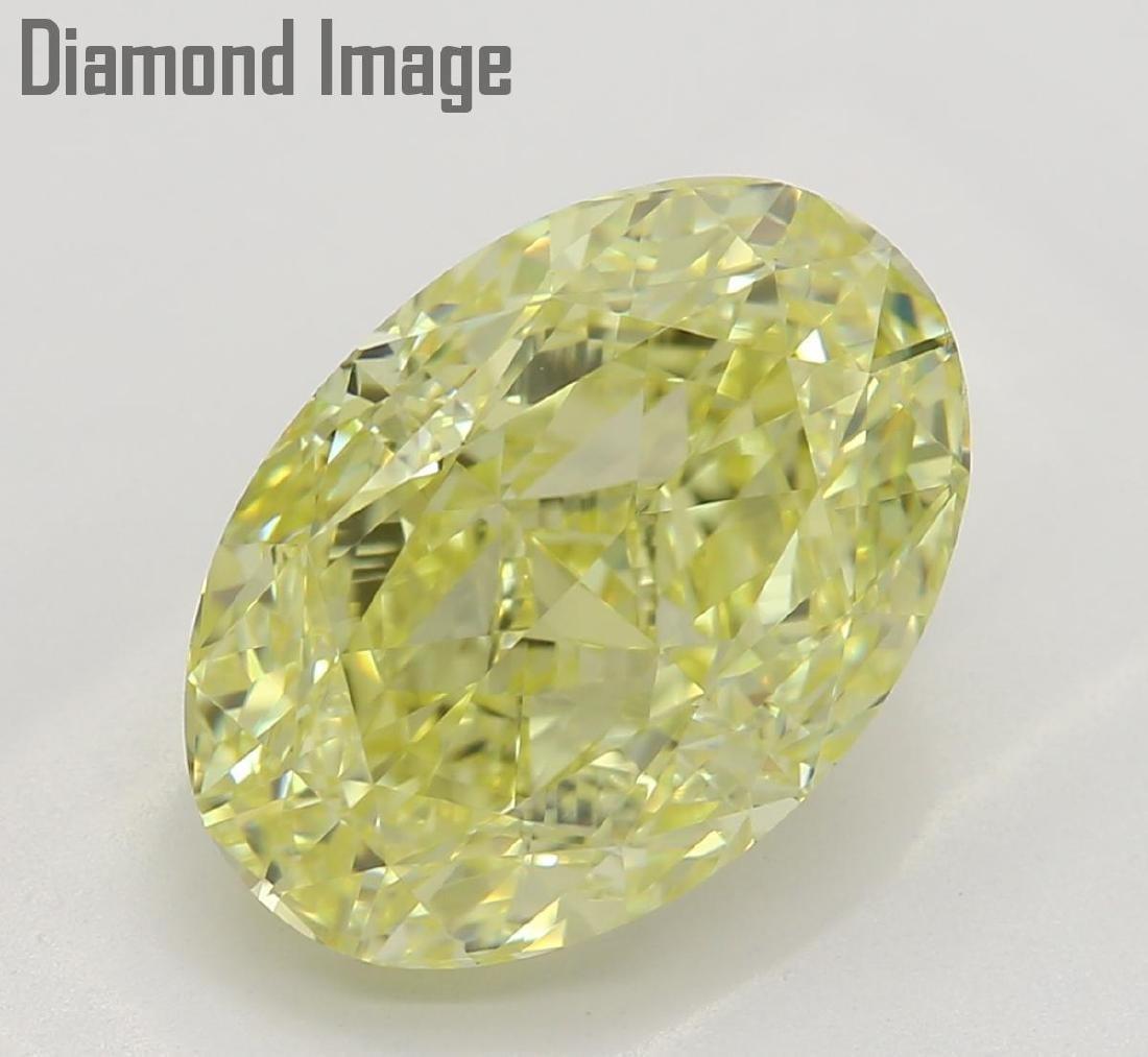 3.01 ct, Fancy Yellow/VS1, Oval cut Diamond