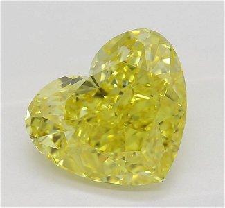 1.52 ct, Vivid Yellow/VVS1, Heart cut Diamond