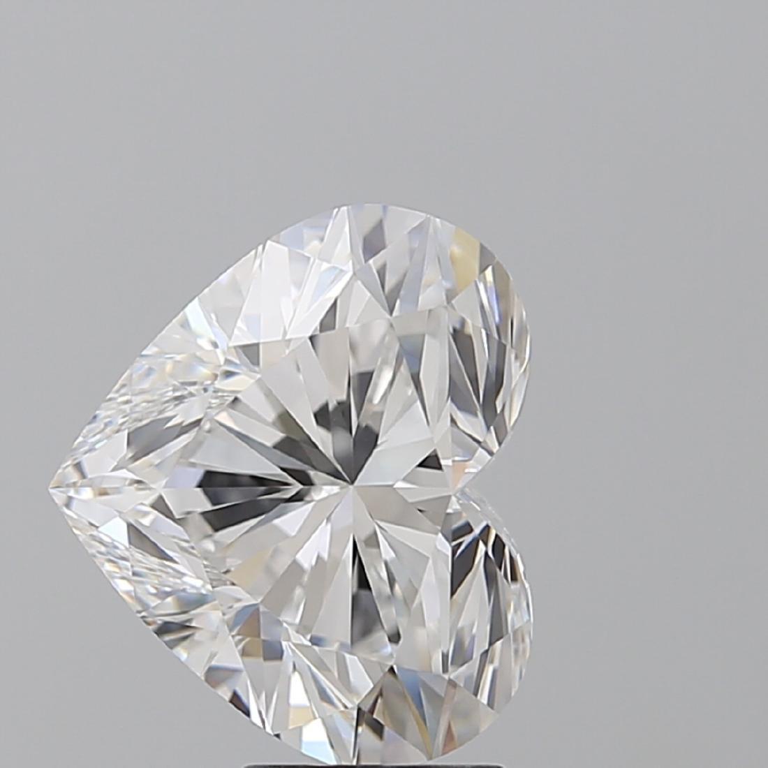 5.01 ct, Color F/VVS2, Heart cut Diamond - 2