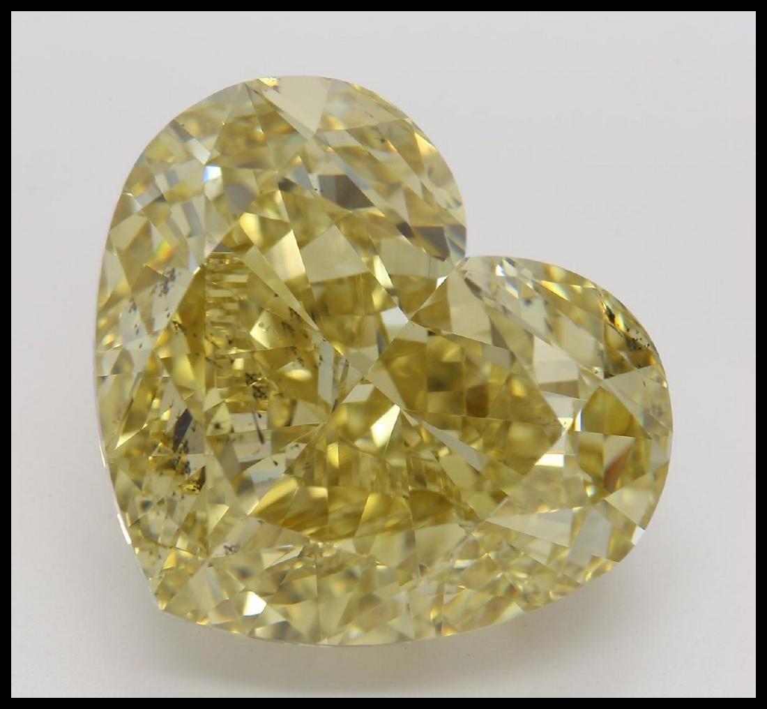 23.24 ct, Brown Yellow/SI1, Heart cut Diamond