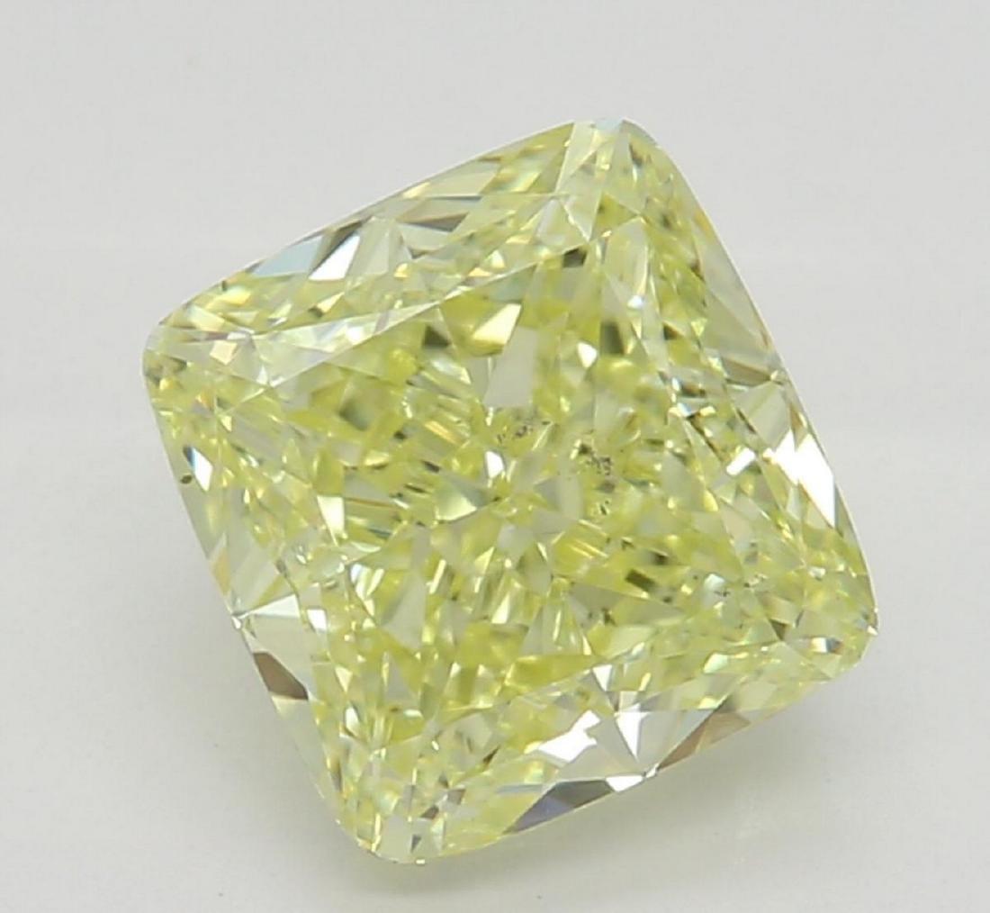 1.22 ct, Yellow/VS2, Cushion cut Diamond