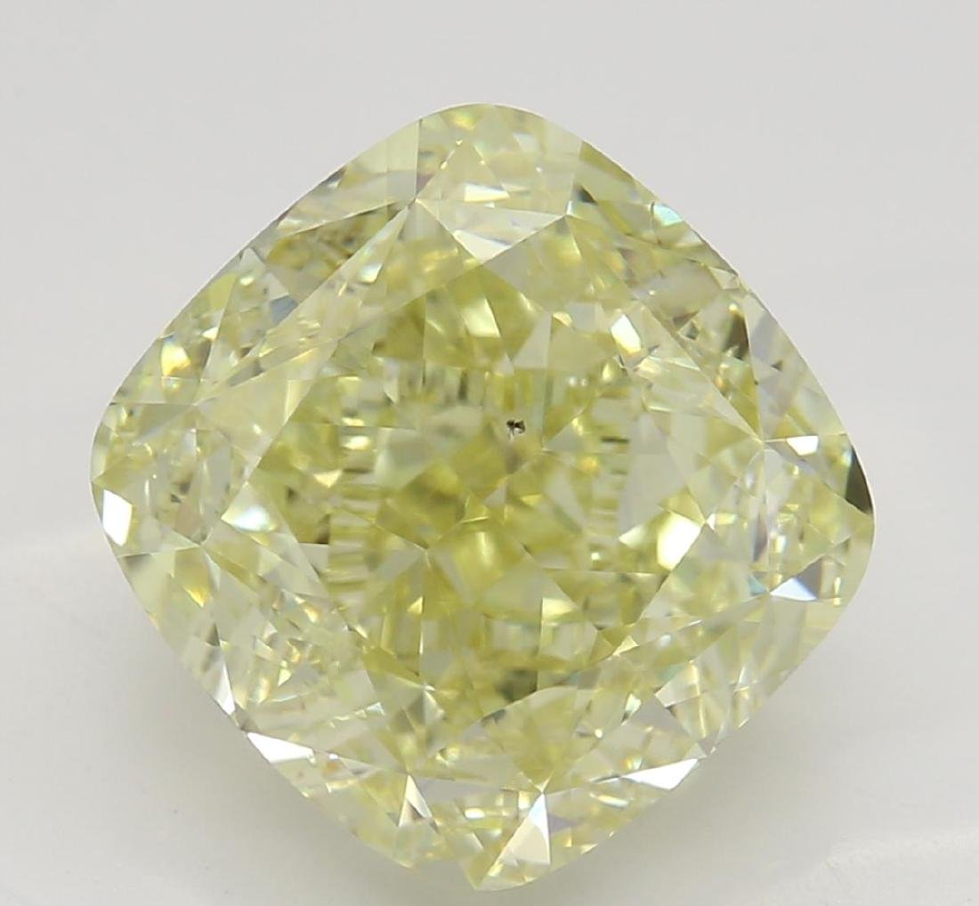 3.78 ct, Yellow/VS2, Cushion cut Diamond