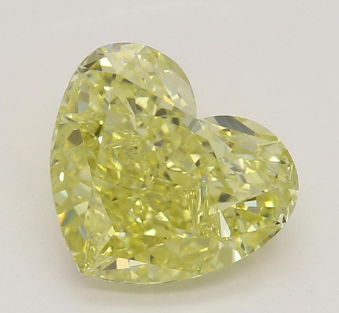 2.04 ct, Yellow/IF, Heart cut Diamond