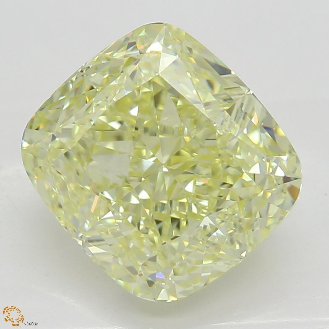 2.53 ct, Lt. Yellow/IF, Cushion cut Diamond