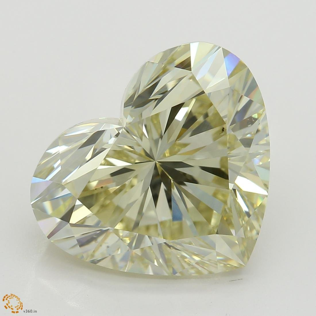 5.03 ct, Lt. Brn. Grn. Yellow/VS2, Heart cut Diamond