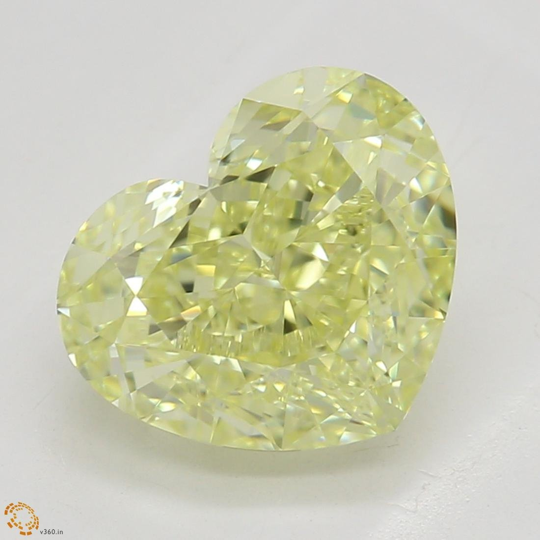 2.02 ct, Yellow/IF, Heart cut Diamond