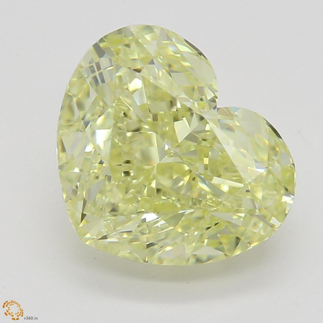 2.37 ct, Yellow/VVS2, Heart cut Diamond