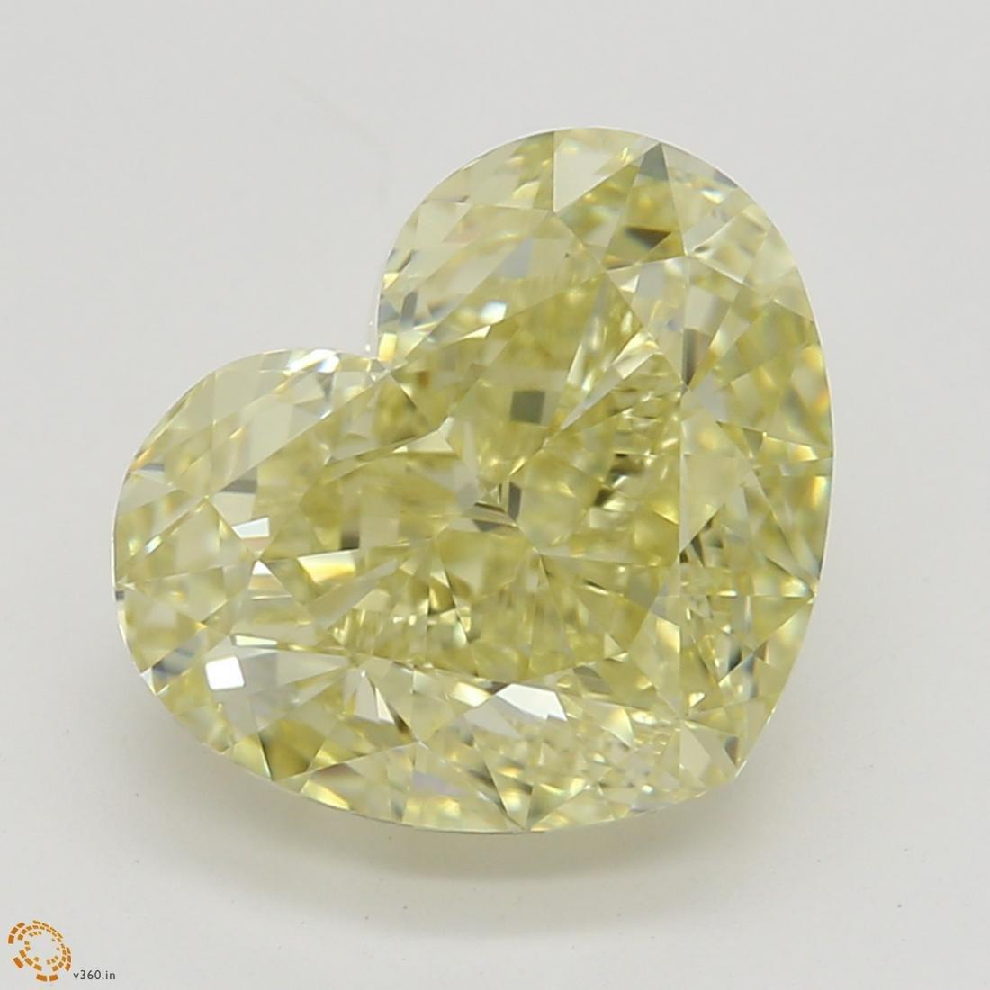 2.51 ct, Brown Yellow/VVS2, Heart cut Diamond