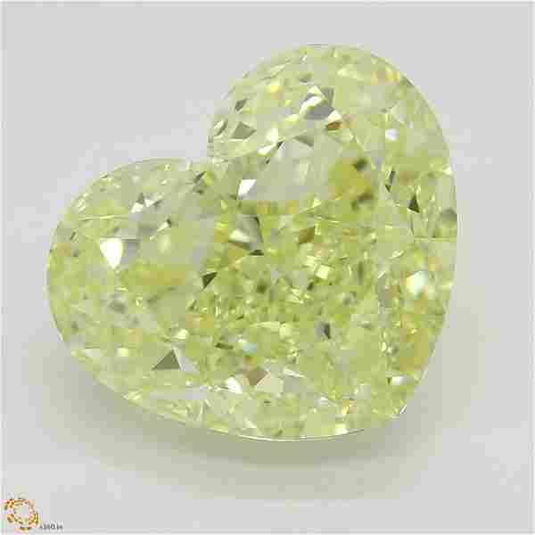 5.20 ct, Yellow/VVS2, Heart cut Diamond