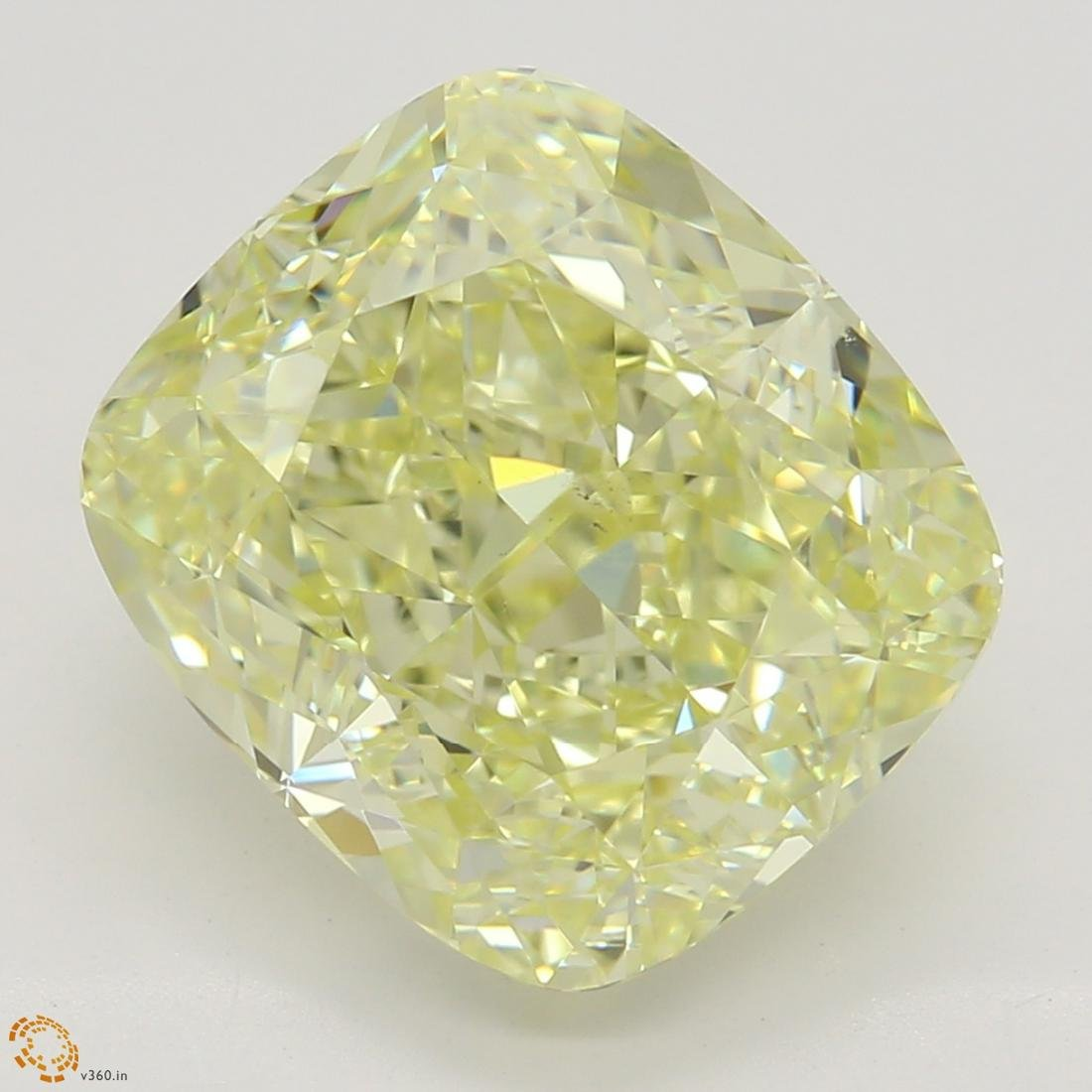 4.02 ct, Lt. Yellow/VS2, Cushion cut Diamond