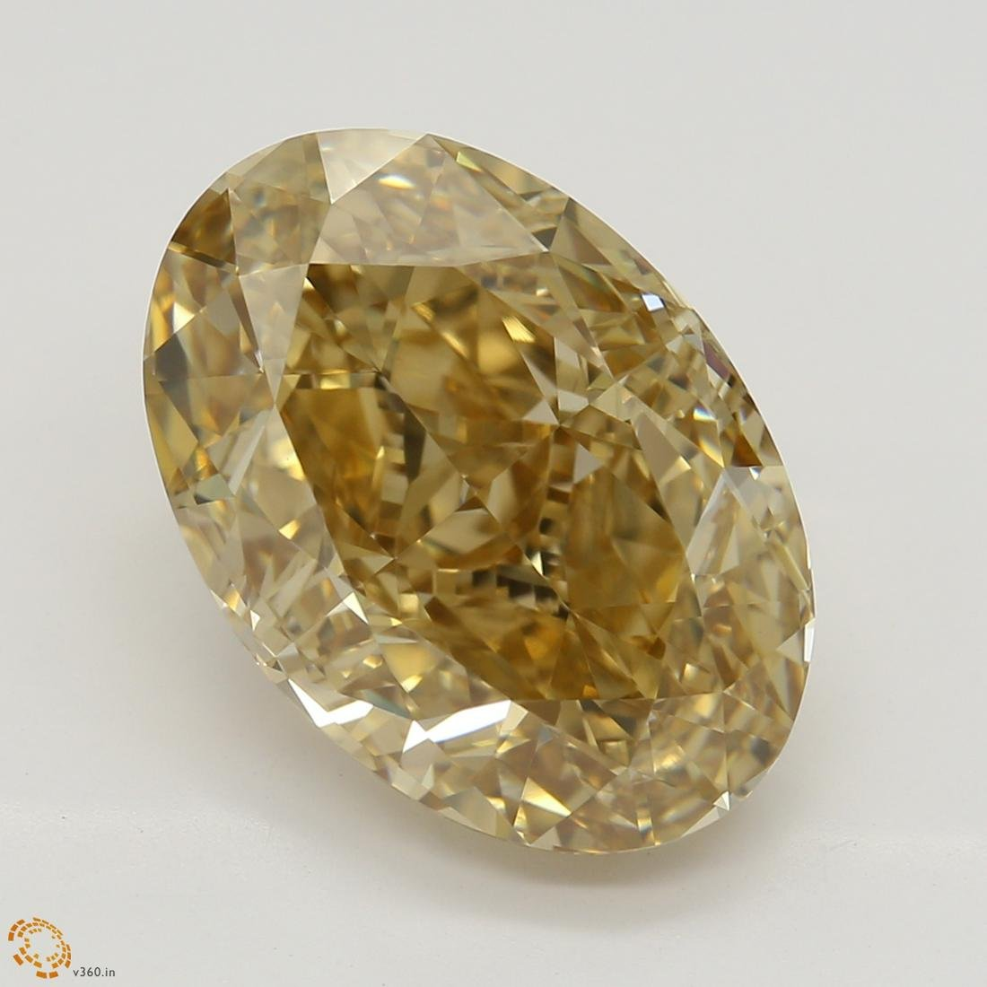 5.02 ct, Orange-Brown/VVS2, Oval cut Diamond