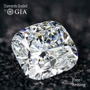 3.06 ct, Color D/VVS2, Cushion Bri. cut Diamond