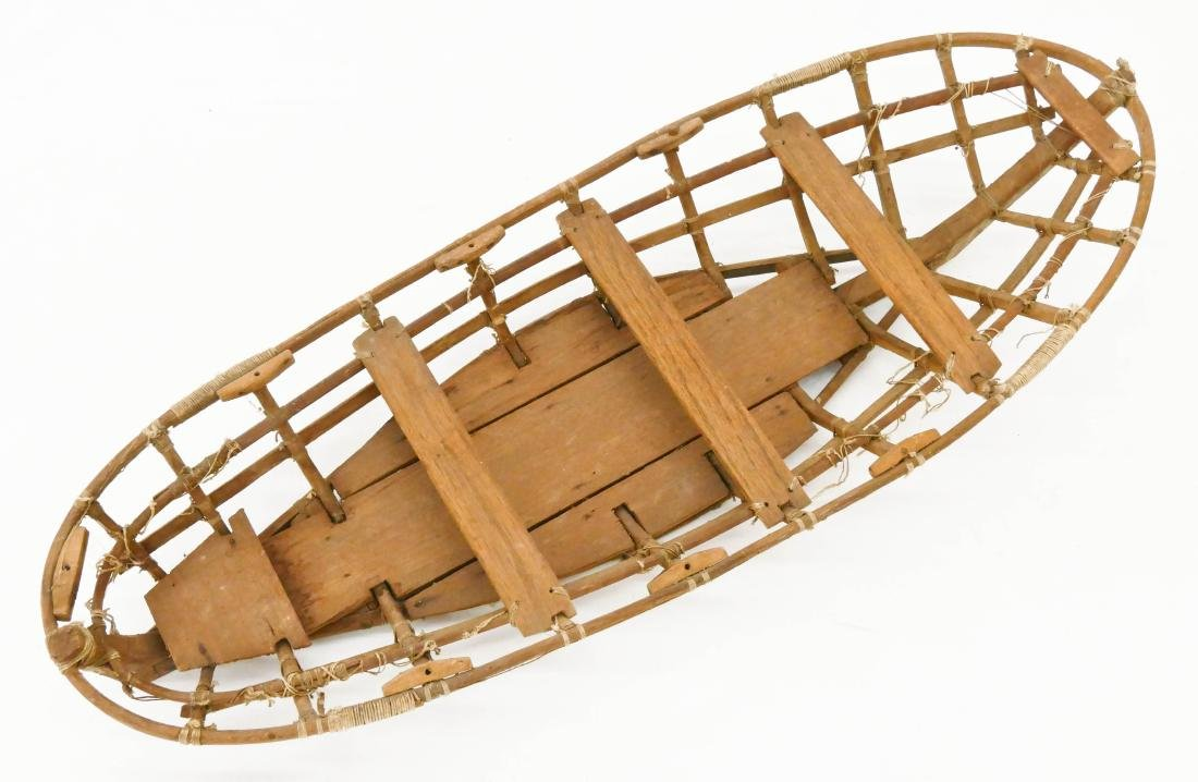 Old Unangax Eskimo Nigaalax Canoe Boat Model