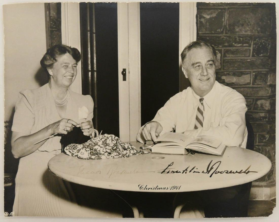1941 Franklin & Eleanor Roosevelt Autographed Photo - 3
