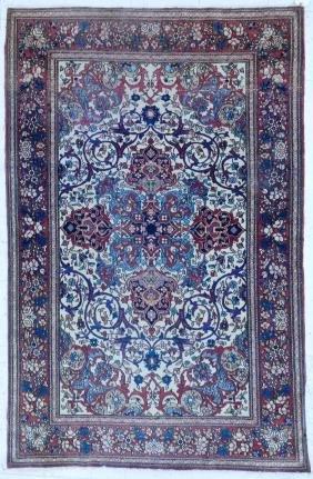 Antique Isfahan Persian Oriental Rug 4'5''x6'11''. Fine