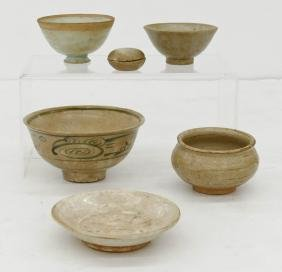 6pc Early Chinese Small Porcelain & Ceramic Articles.