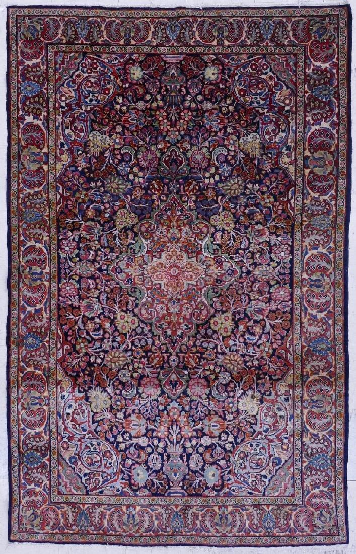 Semi Antique Sarouk Persian Oriental Rug 5'x8'.