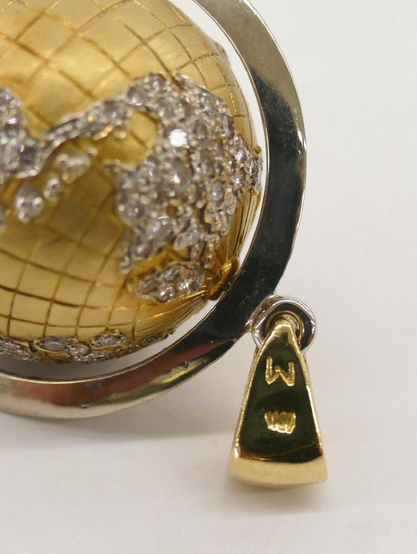 Caput Mundi Attr. 18k Diamond Globe Pendant - 4