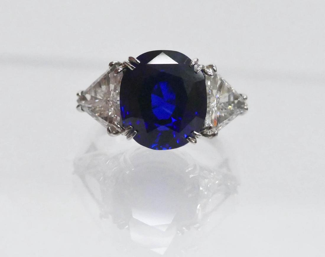 Impressive Lady's 7.95ct Natural Sapphire & Diamond