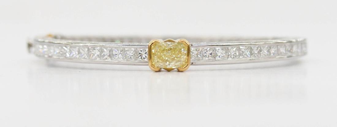 Fine Kwiat Lady's Yellow Diamond Platinum Bracelet