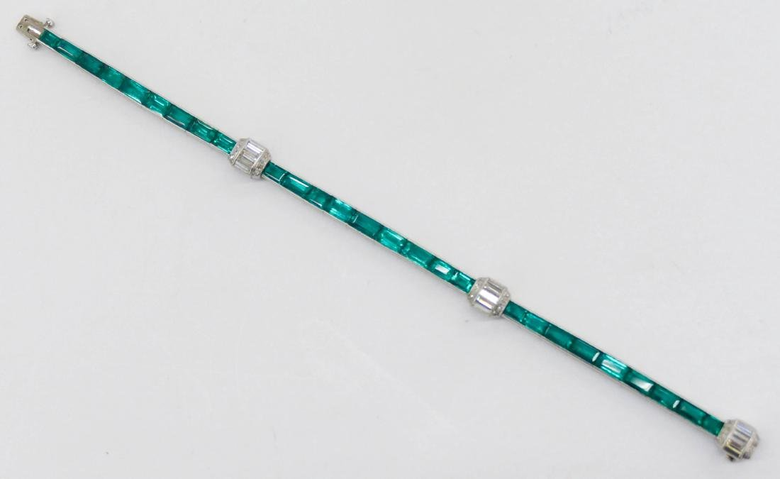 Art Deco Lady's Emerald & Diamond Platinum Bracelet - 5