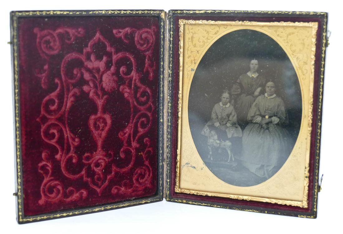 Antique Female Family with Pull Horse Toy Quarter Plate - 2