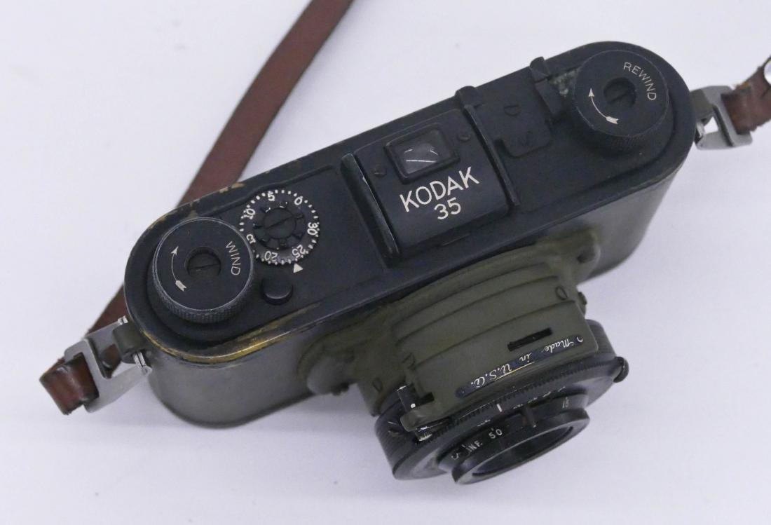 WWII Kodak 35 Army Signal Corps Camera. Military issue - 3