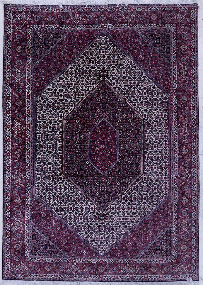 Fine Persian Bidjar Oriental Rug 7'x10'. Ivory field wi
