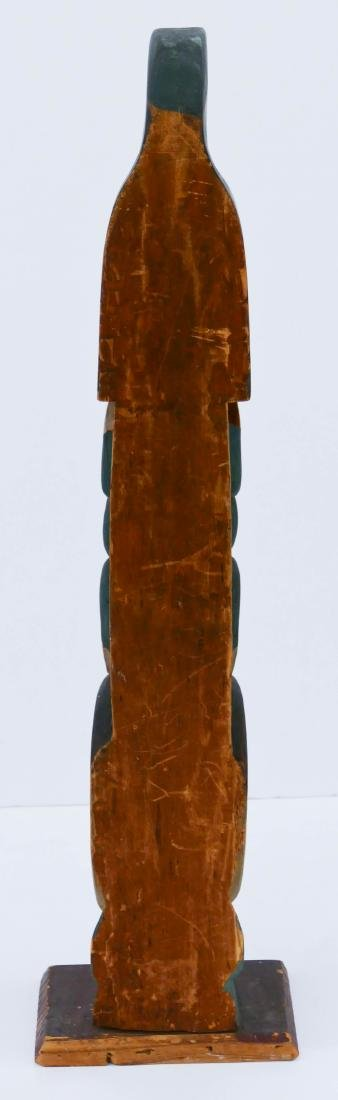 Makah ''Young Doctor'' Carved Totem Pole Model - 4