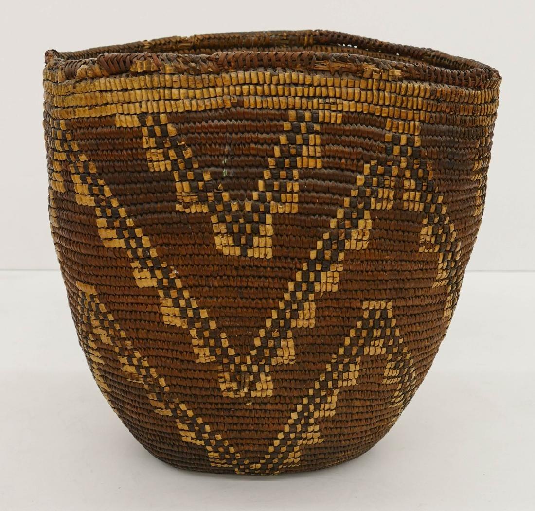 Antique Klickitat Large Indian Basket 14''x14''. A - 2