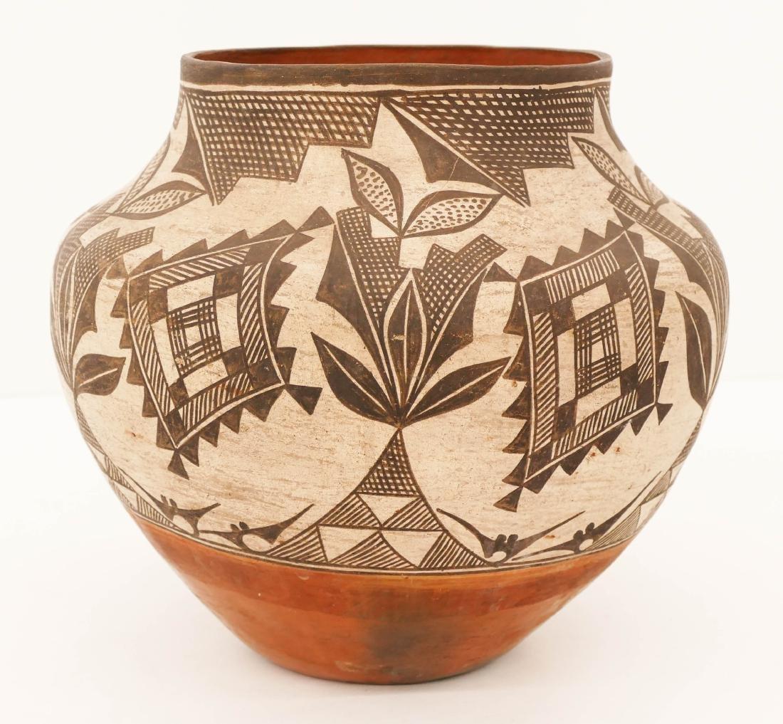 Antique Acoma Polychrome Olla Pottery Jar 10''x10.5''.