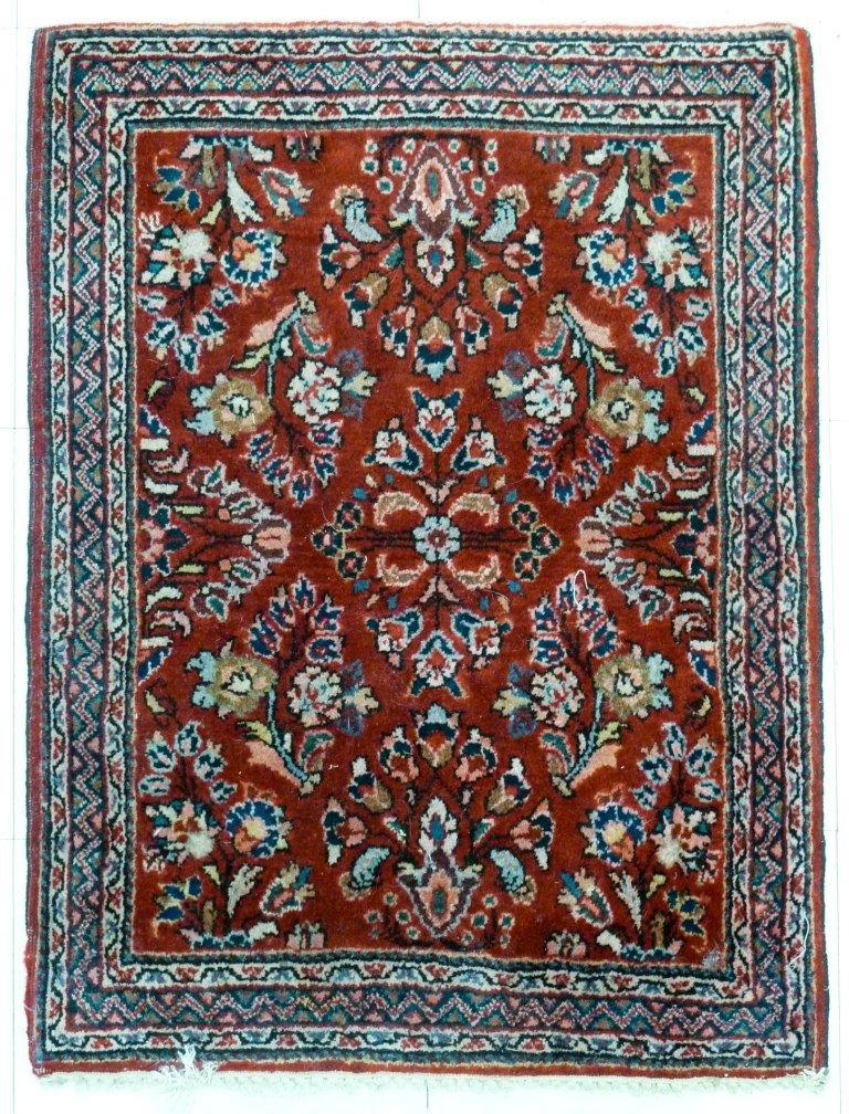 21: Sarouk Oriental Rug Mat 2'8''x2''