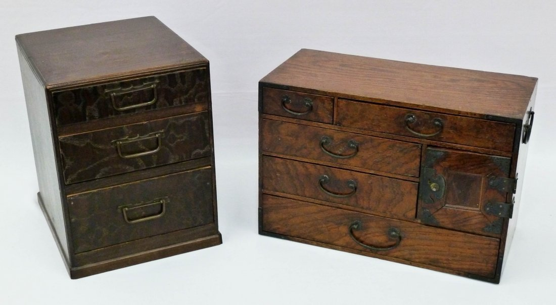 10: (2) Small Meiji Japanese Tansu Chests 9'' and 10.5'