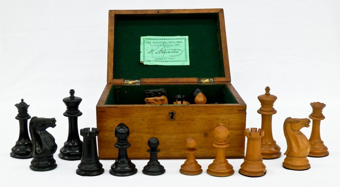 Antique Jaques Staunton Carved Boxwood Chess Set in Ori