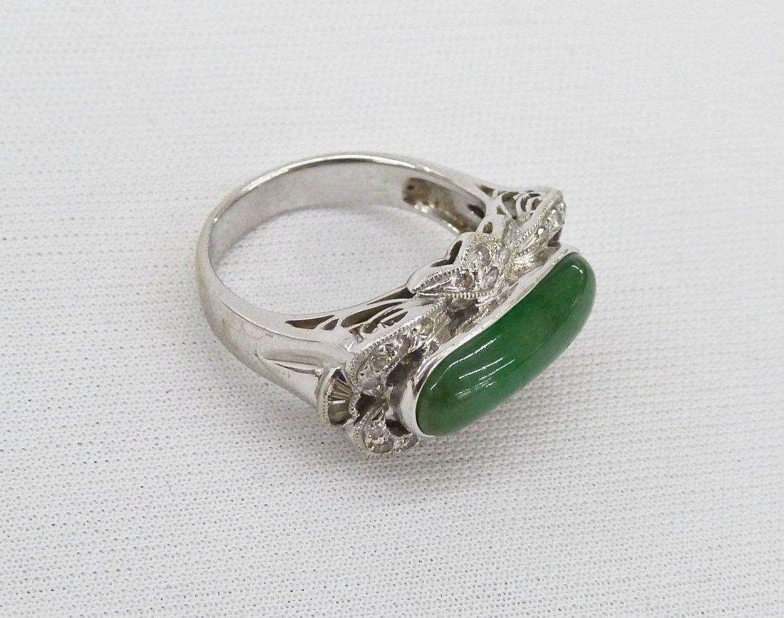 18k Apple Jade & Diamond Lady's Ring. White gold pierce