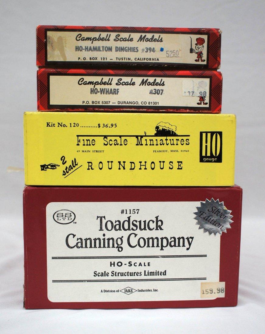 Group (4) HO Scale Model Kits Railroad Buildings &